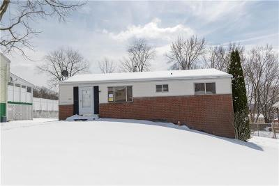 Single Family Home For Sale: 1360 Conway St