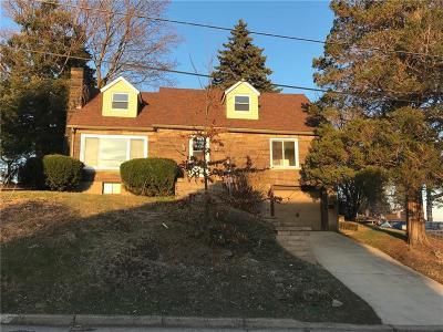 Jeannette Single Family Home For Sale: 313 Stewart St