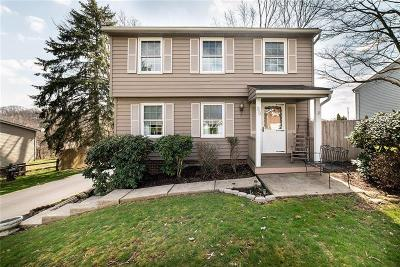 Single Family Home Contingent: 89 Fosterville Rd