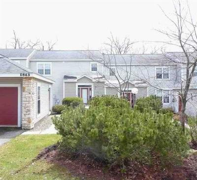 Somerset/Cambria County Townhouse For Sale: 1863 Eagles Ridge Way