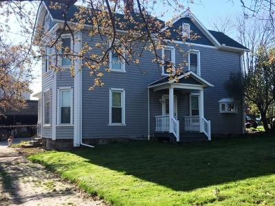 Berlin Single Family Home For Sale: 740 Main Street