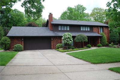 Monroeville Single Family Home Contingent: 111 Mount Vernon Dr