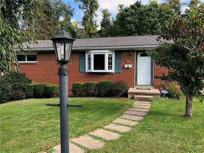 Penn Hills Single Family Home For Sale: 254 Northmont Dr