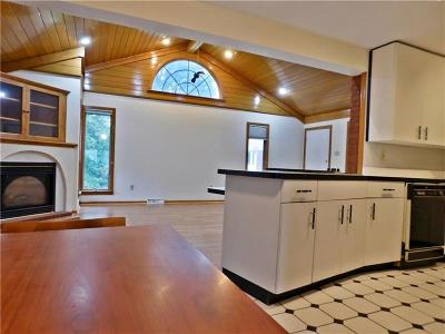 Wilkins Twp Single Family Home For Sale: 267 Kingston Dr