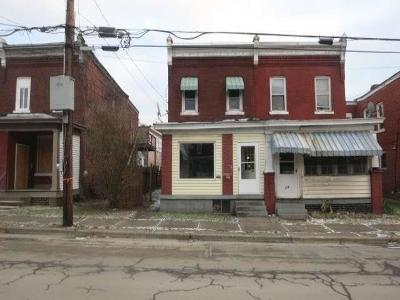 Jeannette Single Family Home For Sale: 312 S 5th St