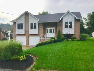 North Huntingdon Single Family Home For Sale: 872 Locust Dr
