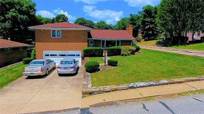 Forest Hills Boro Single Family Home For Sale: 653 Filmore Rd