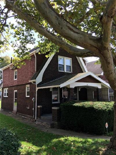 Turtle Creek Single Family Home For Sale: 318 Mercer St