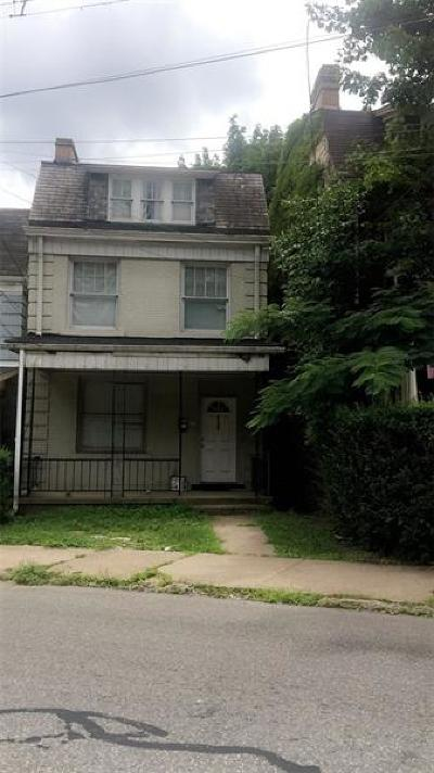 Wilkinsburg Single Family Home For Sale: 839 Ardmore