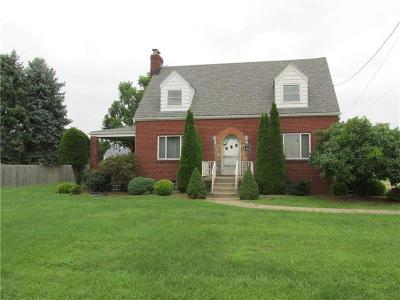 Single Family Home For Sale: 4525 Lincoln Ave