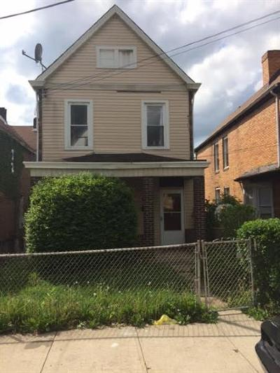 Swissvale Single Family Home For Sale: 7713 Westmoreland Ave