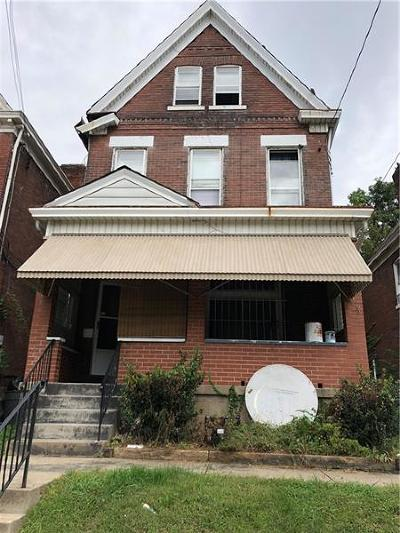 Wilkinsburg Single Family Home For Sale: 755 Franklin Ave