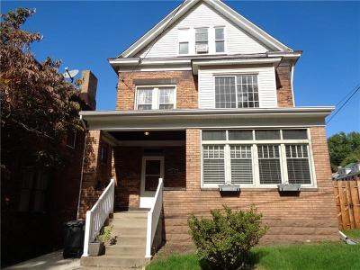 Swissvale Single Family Home Contingent: 2011 Hampton Street