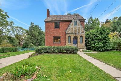 Forest Hills Boro Single Family Home For Sale: 223 Bevington Rd