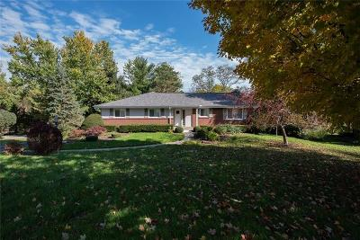 Upper St. Clair Single Family Home Active Under Contract: 2435 Huntington Drive