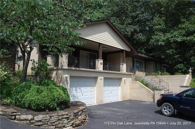 Single Family Home For Sale: 112 Pin Oak Lane