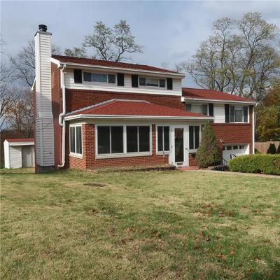 Wilkins Twp Single Family Home For Sale: 300 Frazier Dr