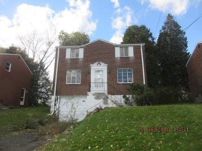 Wilkins Twp Single Family Home For Sale: 982 Elizabeth