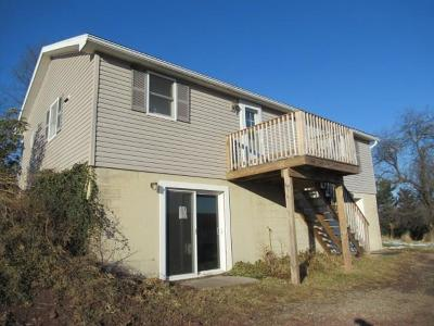 Somerset/Cambria County Single Family Home Contingent: 3542 Cumberland Highway