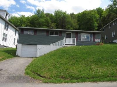 Somerset/Cambria County Single Family Home For Sale: 72 Boyer Street