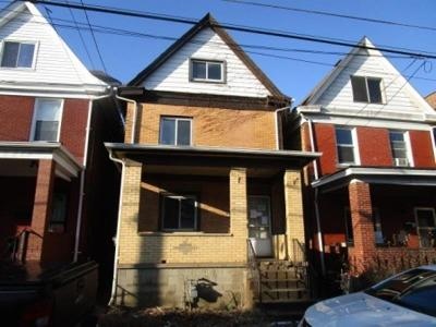 Swissvale Single Family Home Contingent: 1914 Monroe St