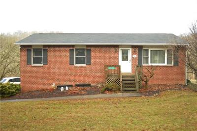North Huntingdon Single Family Home Contingent: 2898 Dirling Lane