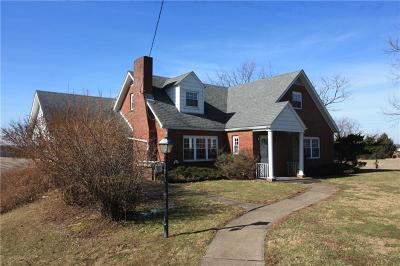 Sewickley Twp PA Single Family Home Sold: $155,000