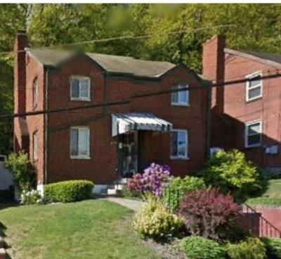 Wilkinsburg Single Family Home For Sale: 1820 McNary Blvd