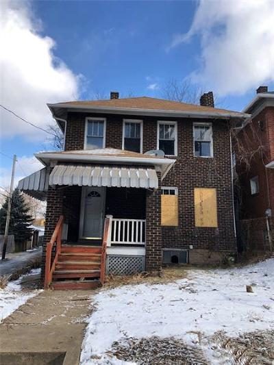 Swissvale Single Family Home Contingent: 1913 Columbia Ave