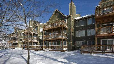 Condo/Townhouse For Sale: 5327 Summit Drive