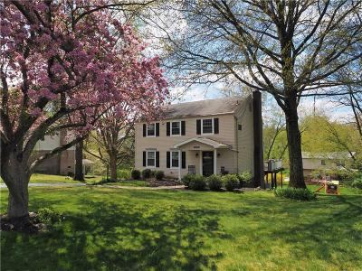 Upper St. Clair Single Family Home For Sale: 1626 Red Mill Drive