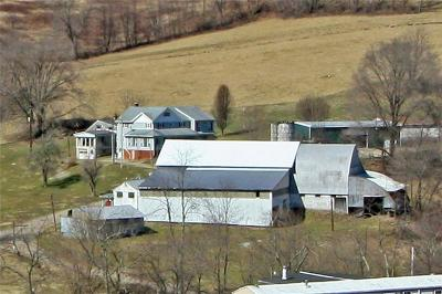 Hempfield Twp - Wml PA Farm For Sale: $500,000