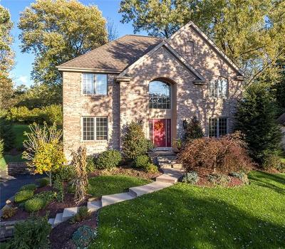 Upper St. Clair Single Family Home For Sale: 2423 Orchard Dr