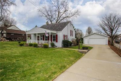 Bethel Park Single Family Home Active Under Contract: 124 Cambridge