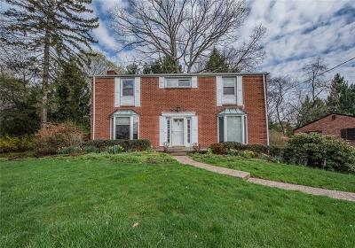 Wilkins Twp Single Family Home For Sale: 3513 Ridgewood Dr