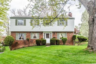 Upper St. Clair Single Family Home For Sale: 1255 Satellite Circle