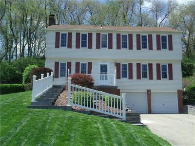 Upper St. Clair PA Single Family Home For Sale: $375,000