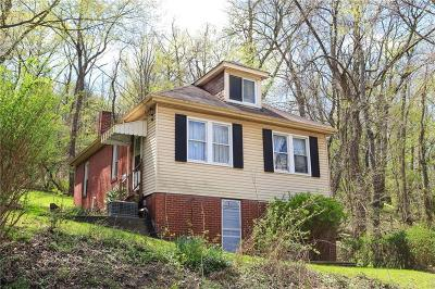 Forest Hills Boro Single Family Home For Sale: 120 Rockwood Ave