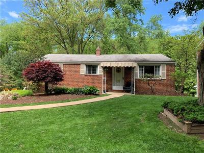 Forest Hills Boro Single Family Home For Sale: 425 Atlantic Ave