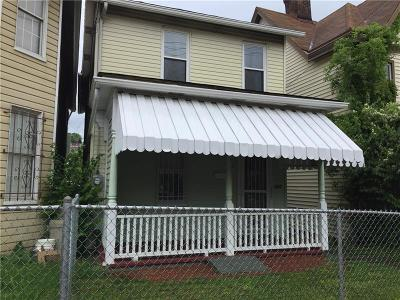 Braddock PA Single Family Home For Sale: $44,900