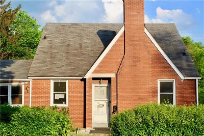 Wilkinsburg Single Family Home For Sale: 2100 Village Dr
