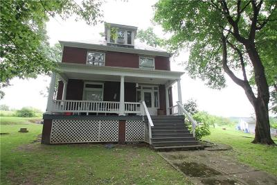Greensburg, Hempfield Twp - Wml Single Family Home For Sale: 424 Old Route 66