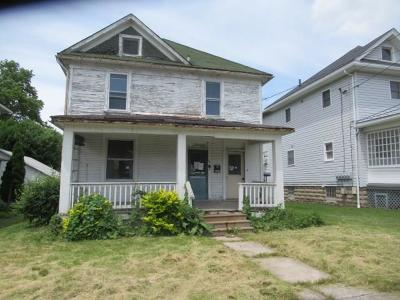 Somerset Boro Single Family Home For Sale: 384 W Race Street
