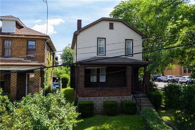 Forest Hills Boro Single Family Home For Sale: 626 Barclay Avenue