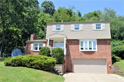 Murrysville Single Family Home For Sale: 3805 Killian Ct