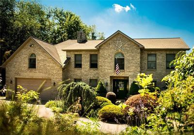 Single Family Home For Sale: 11057 Hunters Woods Ln