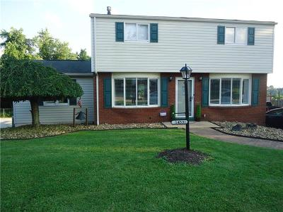 North Huntingdon Single Family Home For Sale: 1453 Barry Dr