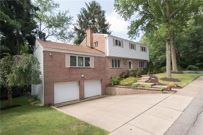 Forest Hills Boro Single Family Home For Sale: 367 Sharon Dr