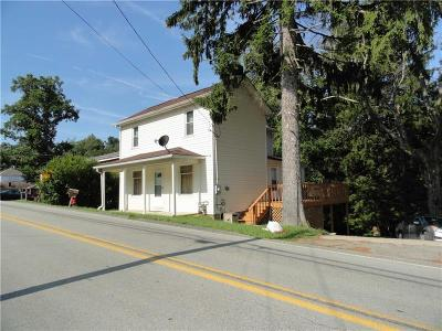 Single Family Home For Sale: 760 Brownstown Rd