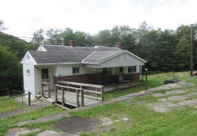 Somerset Boro Single Family Home For Sale: 2275 Keysertown Rd